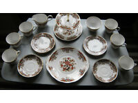 "6 setting Colclough ""Royale"" Tea Set"
