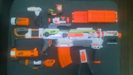 Nerf Modulus Blaster with Stealth, Long Range & Flip Clip attachments - Excellent condition!