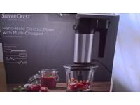 Brand New boxed Electric hand held Blender & Chopper