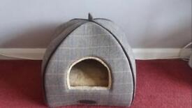 Wainwrights cat bed unused