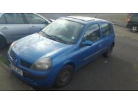 Renault clio 1.2 3 door 11 months mot