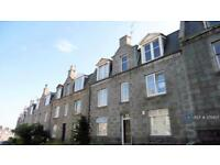 2 bedroom flat in Menzies Road, Aberdeen, AB11 (2 bed)