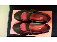 Clarks 'Unstructured' Black Patent Shoes - Size 5