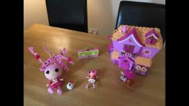 Lalaloopsy house and toys in excellent condition
