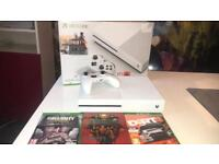 XBOX ONE S 500GB with 3 GAMES - Nearly new!