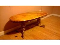 Onyx coffee table, oval with brass-coloured legs - 1970s (reduced price)