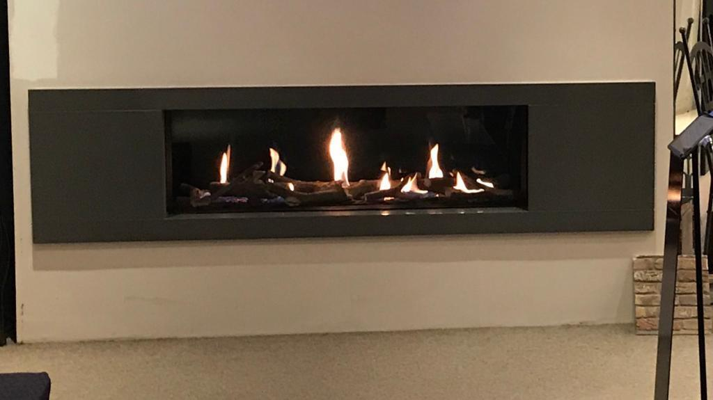 Wall mounted. V Large Flat panel gas fire