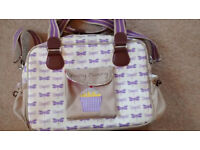 Yummy Mummy Pink Lining change bag. Excellent condition.