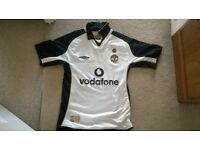 man Utd away shirt 2002