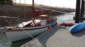 Small yacht for sale Nelly Bay Townsville City Preview