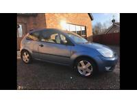 Ford Fiesta 1.4 Zetec 12 stamps in book full service history, drives and looks mint £795