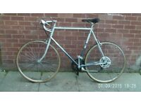 gents raleigh racer silver nice condition 50 pounds
