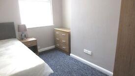Room to Rent 1st Month Half Price