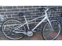 Giant Aluxx 6061 with alloy tubing. Extra Small. EN14764. City/trekking bicycle.