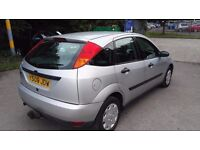 Ford Focus 1.8 i 16v LX 5dr (sun roof) Tow bar
