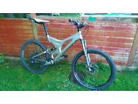 Specialized enduro pro m.t.b