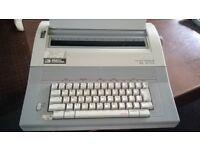 Smith Corona electric typewriter good working condition