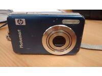 HP Photosmart R742 7MP Digital Camera