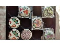 Decorative Compact Mirrors, ideal wedding favours.