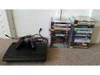Playstation 3 super slim 500gb, 2 controllers