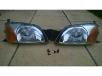 Ford Fiesta Mk IV - Front Headlamps