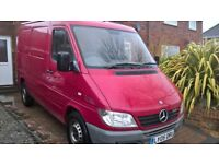 Removals and deliveries/man and van