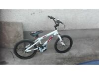 18in Boys bike In excellent condition £25