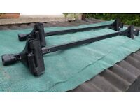 Thule Lockable Roof Bars 'REDUCED PRICE'