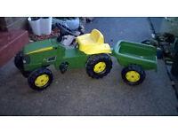 Kids John Deer Tractor with Trailer