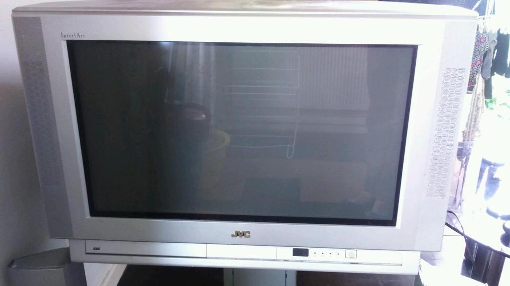 Big Old Jvc Tv In Bath Somerset Gumtree
