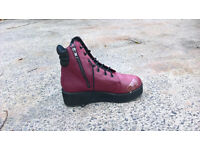 LADIES SIZE 8 BURGUNDY PLATFROM ANKLE BOOTS