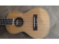 Korala tenor Ukulele boxed as new with snark tuner