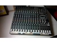 ProFX16 mixer desk (£390 new) excellent central London bargain