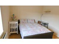 Spacious 3 bedroom flat in Wallington