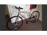 Grey hybrid bike with disc brakes * bargain