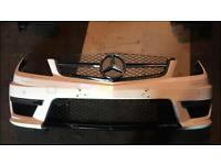 Mercedes Benz C63 font bumper & grill