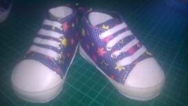 **NEW** Baby shoe/pram shoe 0-6 months