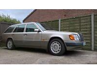 1993 Mercedes 220TE W124 estate 7 seats