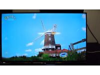 Samsung UE40H5500 40 Inch Smart WiFi Built In Full HD 1080p LED TV with Freeview HD