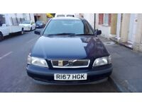 VOLVO S40 MANUAL 1.6,LOW MILEAGE,LONG MOT,VERY CLEAN,£275 CHEAP