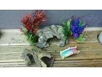 Aquarium Ornaments lot