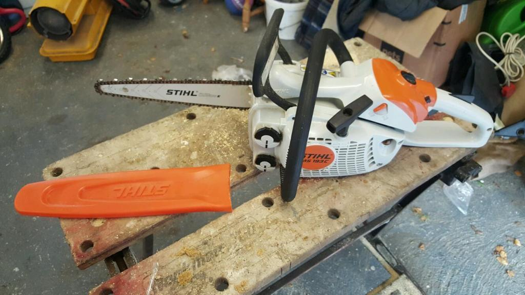 Stihl ms with carving bar like brand new in