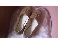 Ladies Flat Shoes Diva Sole Size 9 EEE Boxed -can post for extra-