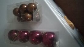 14 xmas tree baubles 10 brown 4 wine colour
