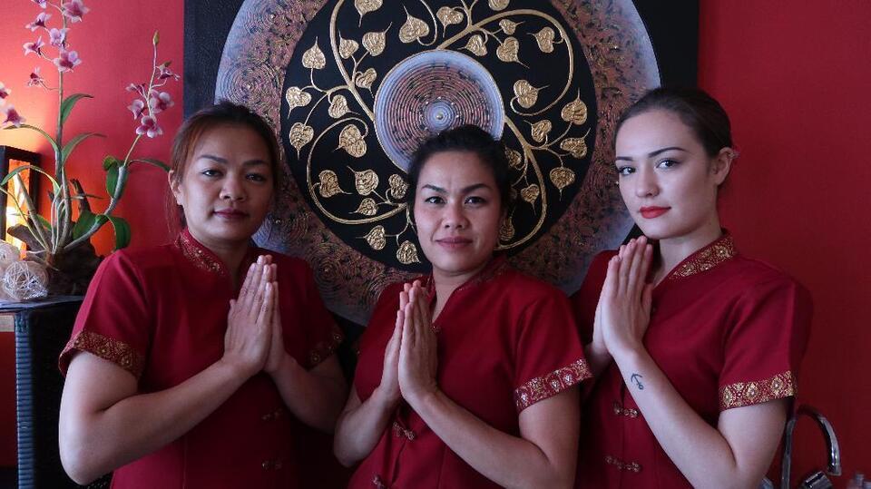 Massage germany thai hamburg Bann Samrit