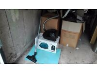 Bosch compact vacuum cleaner