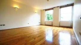 2 bedroom flat in Queens Gate, Kensington SW7