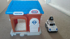 Police station toys set
