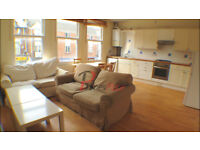 **Charming 2 bedroom victorian conversion in sw18**