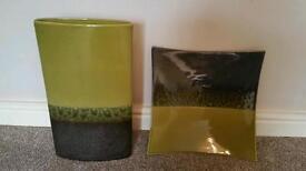 Set of vase & plate lime green